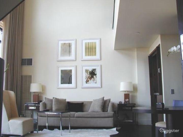 Penthouse duplex hotel suite: Location 3133 Photo 3