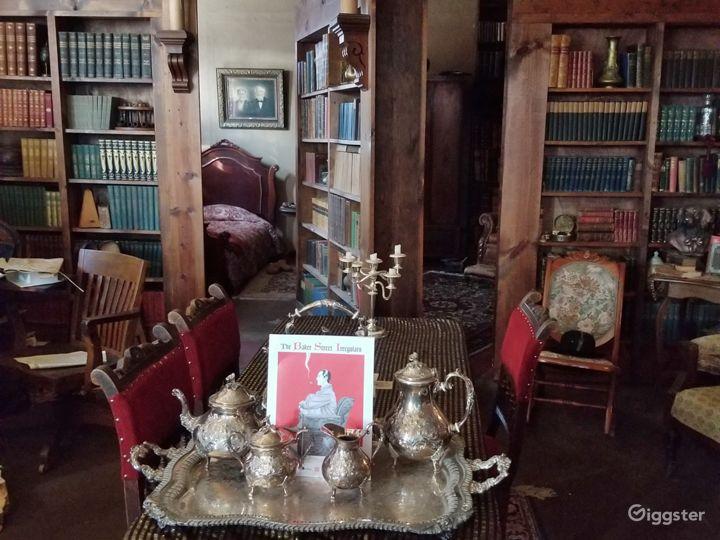 Secret Bookcase Door in 221B to Holmes' Bedchamber