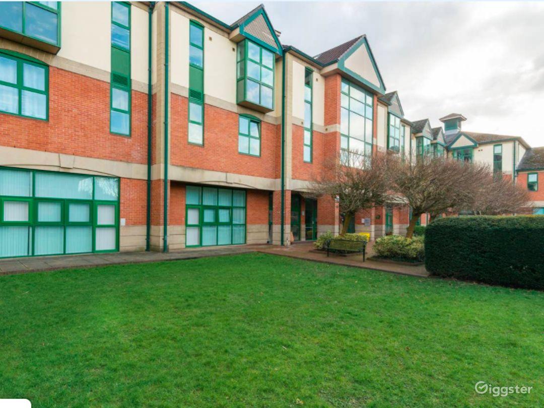 Upscale Duplex in Manchester Photo 1
