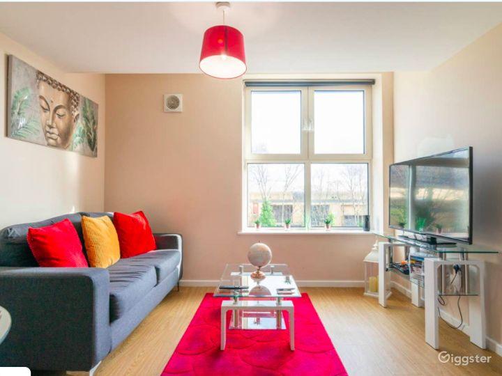 Upscale Duplex in Manchester Photo 2