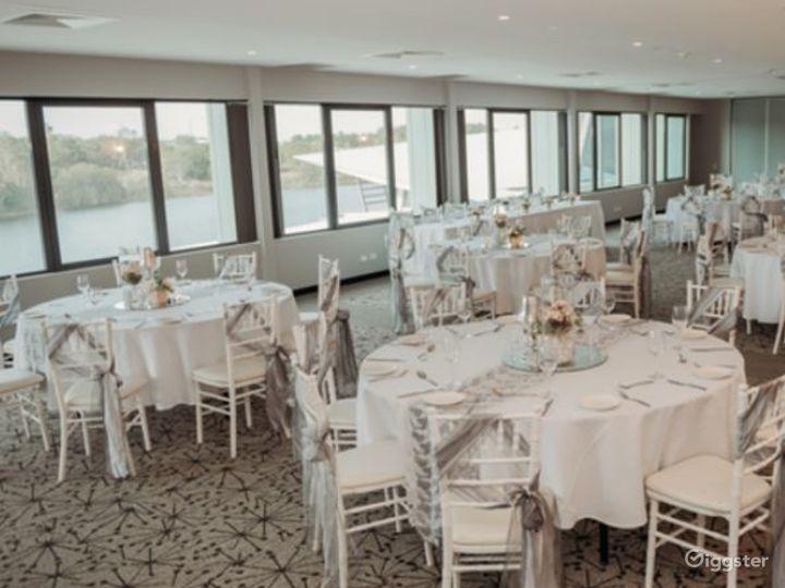 Sophisticated Stradbroke Island Room with View Photo 5