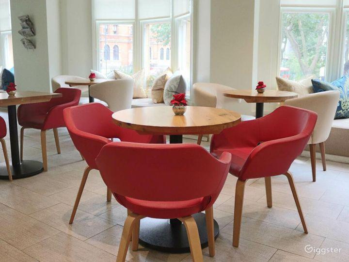 Hotel Cafe Bar on Sloane Square Photo 2