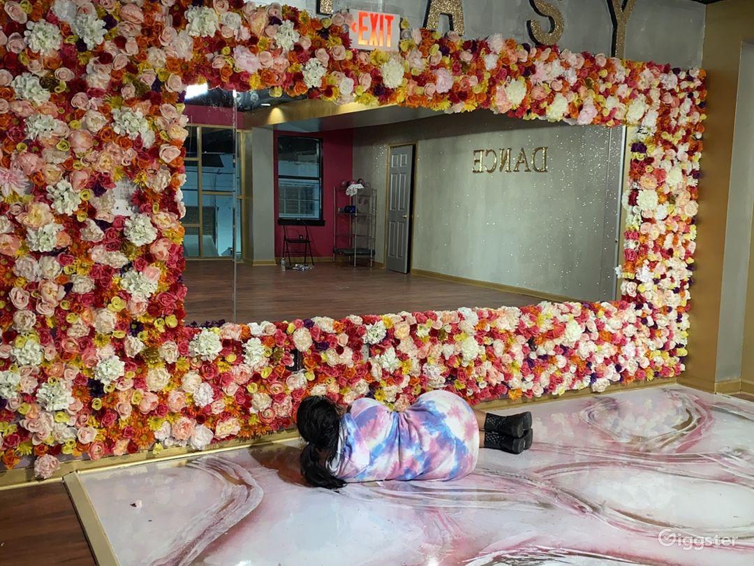 Feminine Boutique Event space  Photo 1