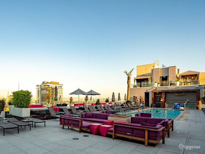 Rooftop with Pool & Lounge  Photo 5