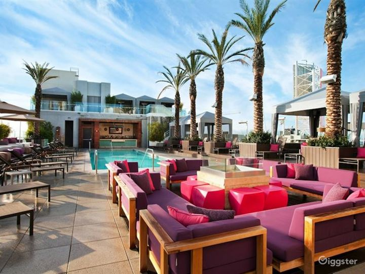 Rooftop with Pool & Lounge  Photo 2