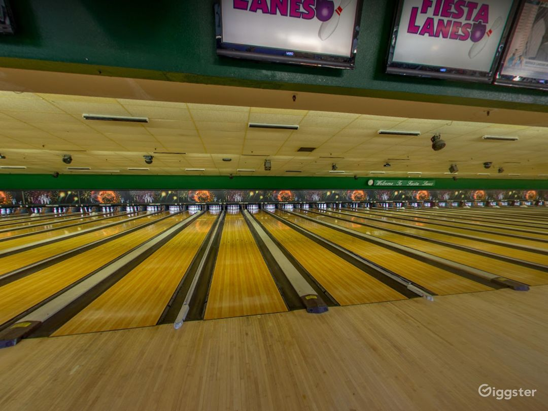 Bright and Festive Bowling Lanes in Tucson Photo 1