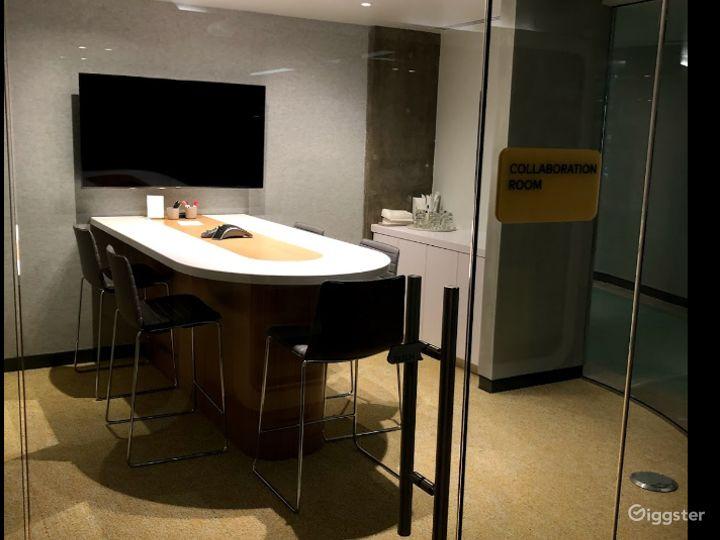 Collaboration Room Photo 2