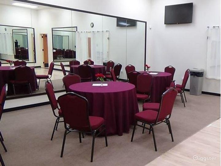 Elegant Junior Room for Wedding Venue Photo 2