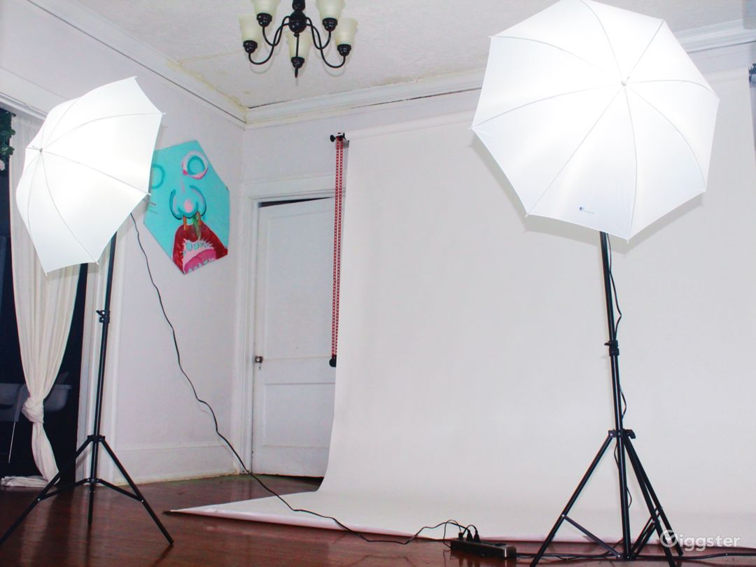 Artsy Photo Studio on Ponce Photo 1