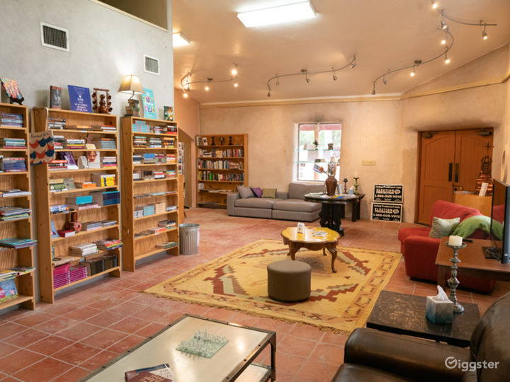 Coffee Book Lounge