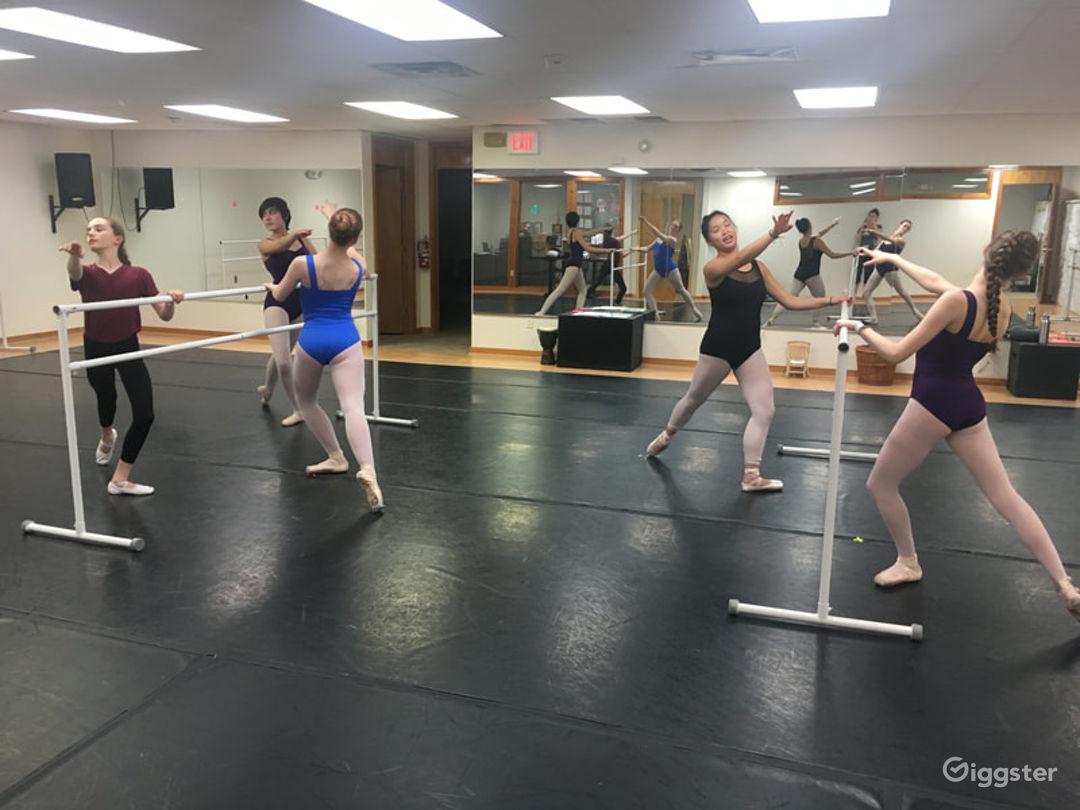 Classic and Contemporary Dance Studio Photo 1