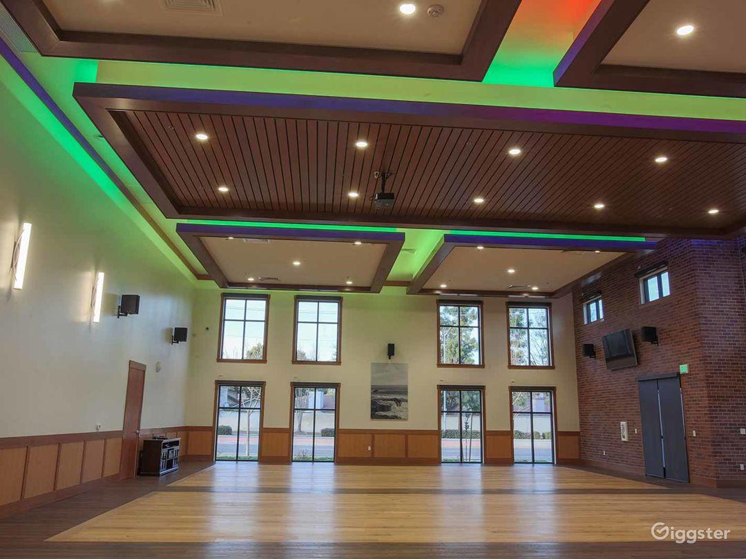 Stunning Large Hall in Fresno Photo 1