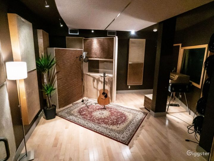 Recording Studio Photo 4