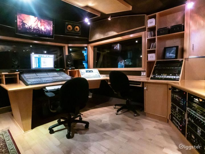 Recording Studio Photo 2