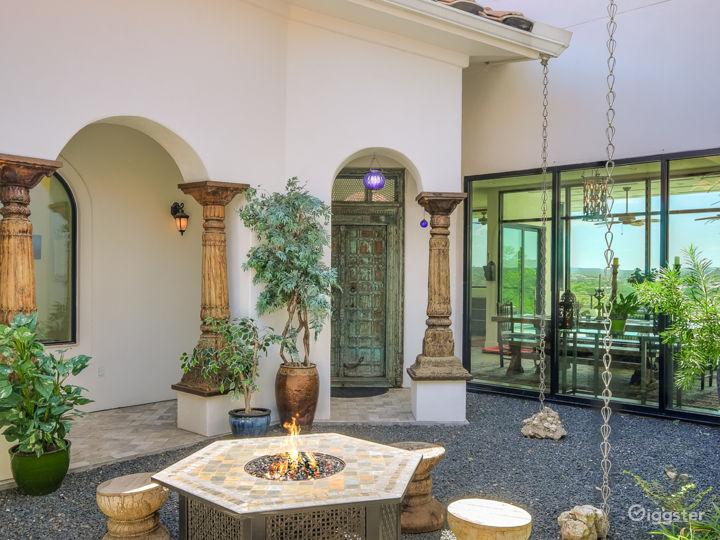 Courtyard to front door