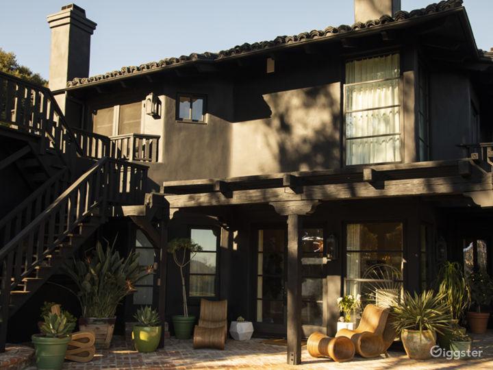 The Black Villa with Incredible Views Photo 3