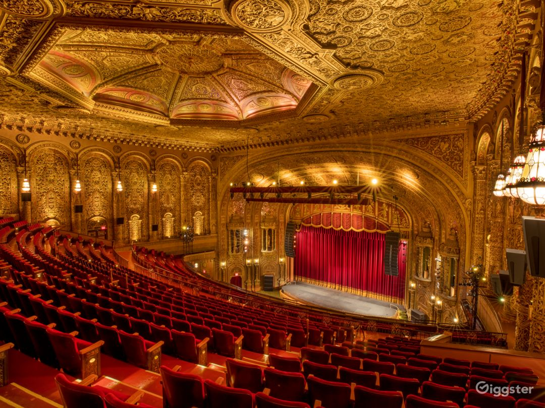 Most Spectacular Theater in New York with Lavishly Eclectic Interior  Photo 1