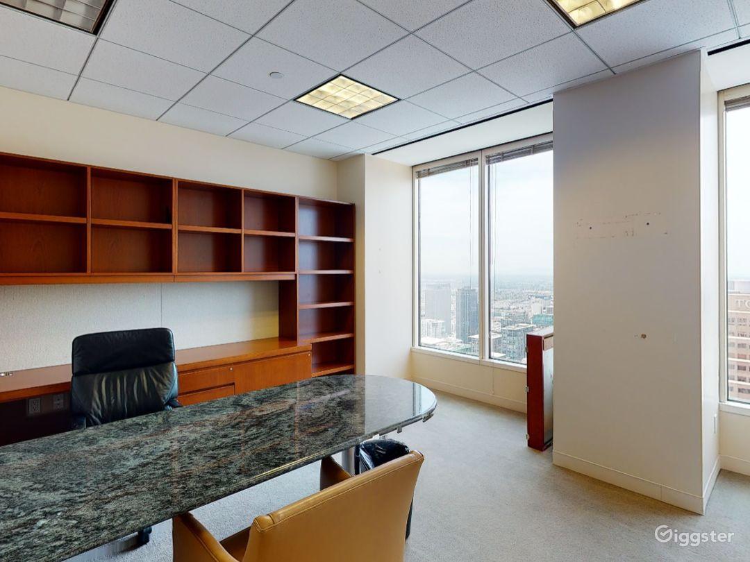 Suite 4000 Photo 1