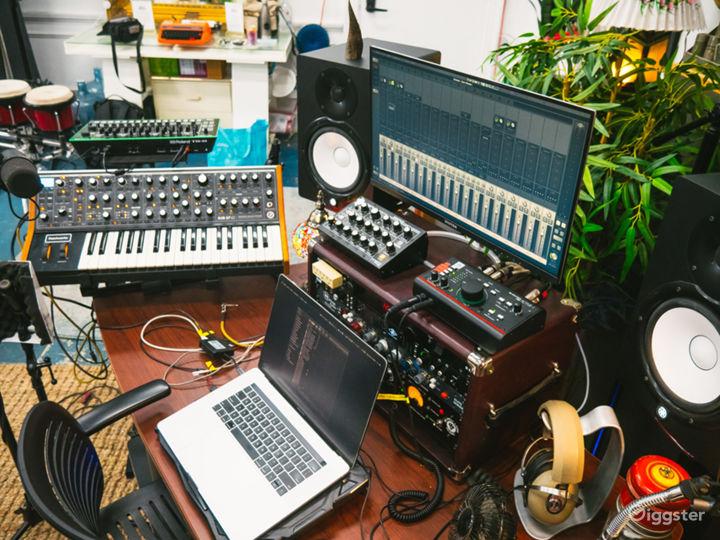 Unique Creative Space – DTLA Warehouse Loft Studio Photo 2