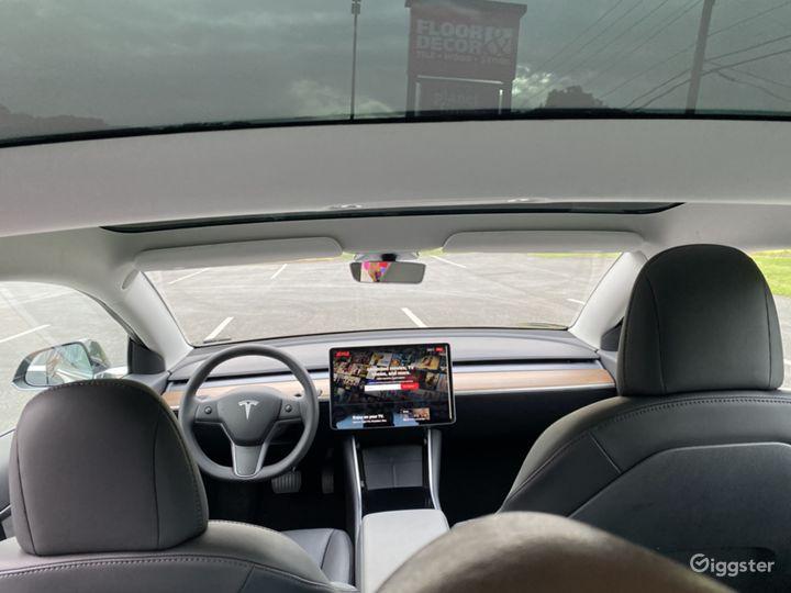 2020 Tesla Model 3 Photo 2