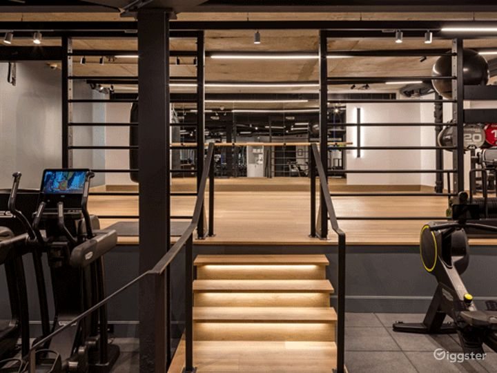 Modern Gym in London, Heathrow Photo 2