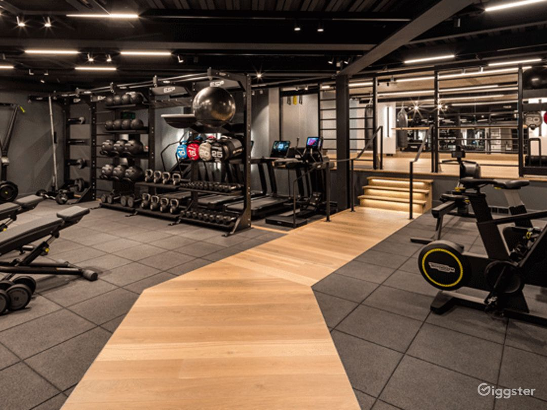 Modern Gym in London, Heathrow Photo 1