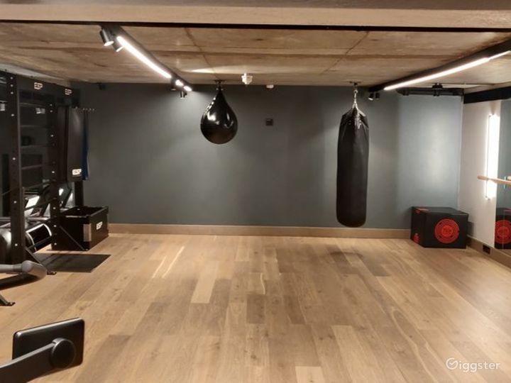 Modern Gym in London, Heathrow Photo 5