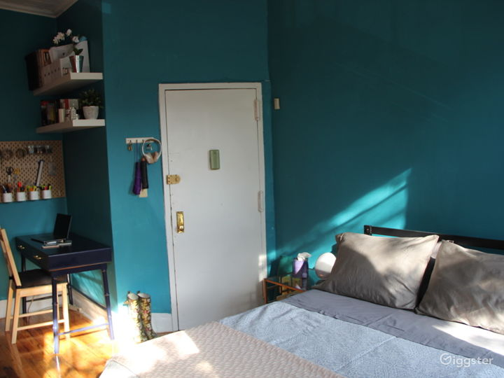 Eclectic Studio Apartment with Modern Touches Photo 3