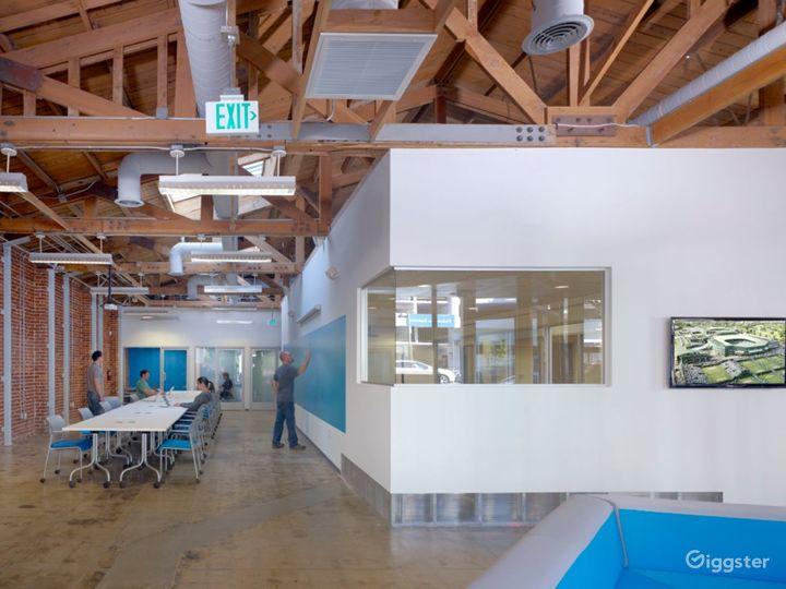 Modern Santa Monica Event Space w/ Exposed Brick Photo 2
