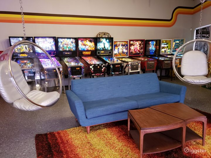 70s Themed Man Cave & Classic Cars Photo 2
