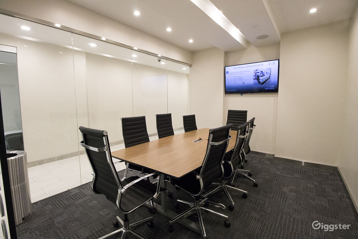 Perfect Modern Meeting Room