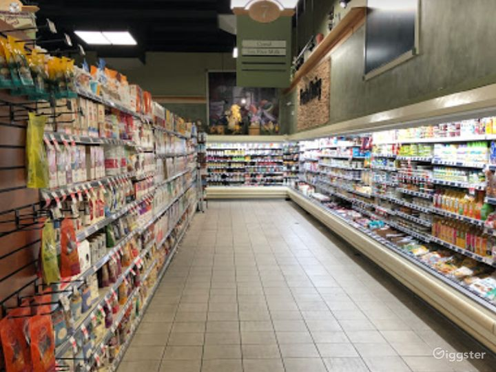 Spacious Health Food Store Perfect for Photoshoots and Productions in Ventura Photo 3