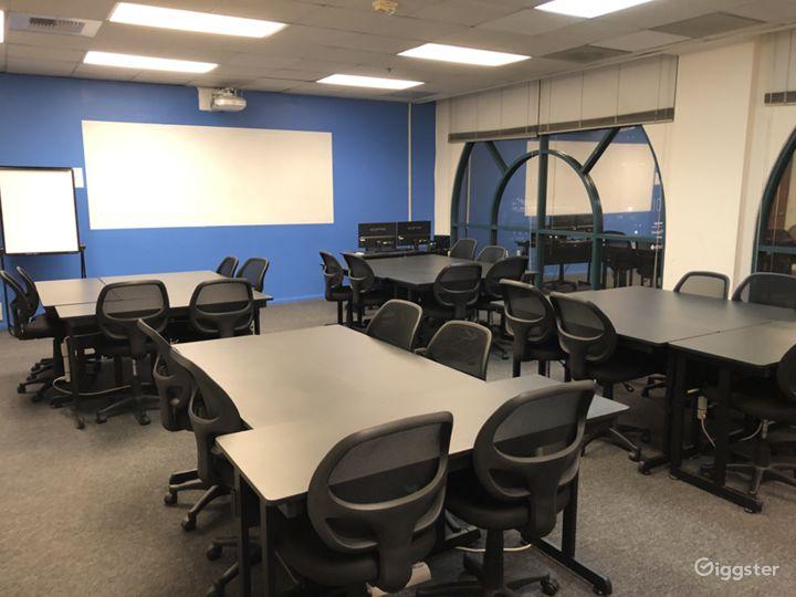 High Tech Corporate Training / Meeting Glendale Photo 4