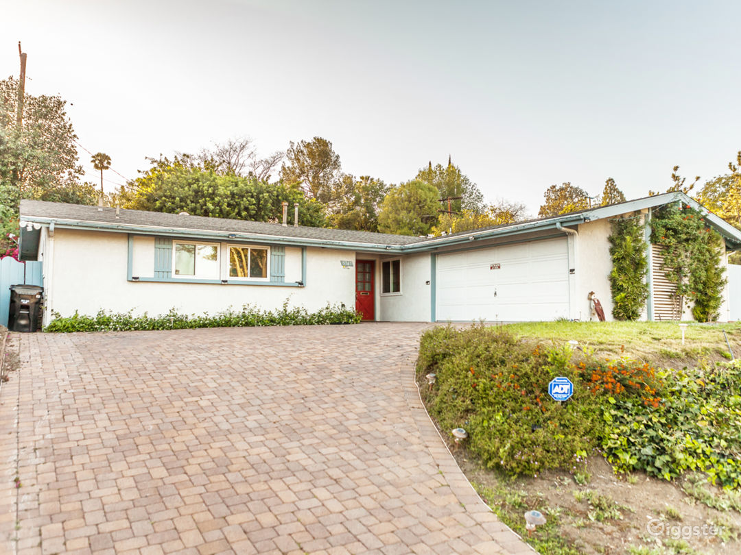 Mid-century Modern House Photo 1