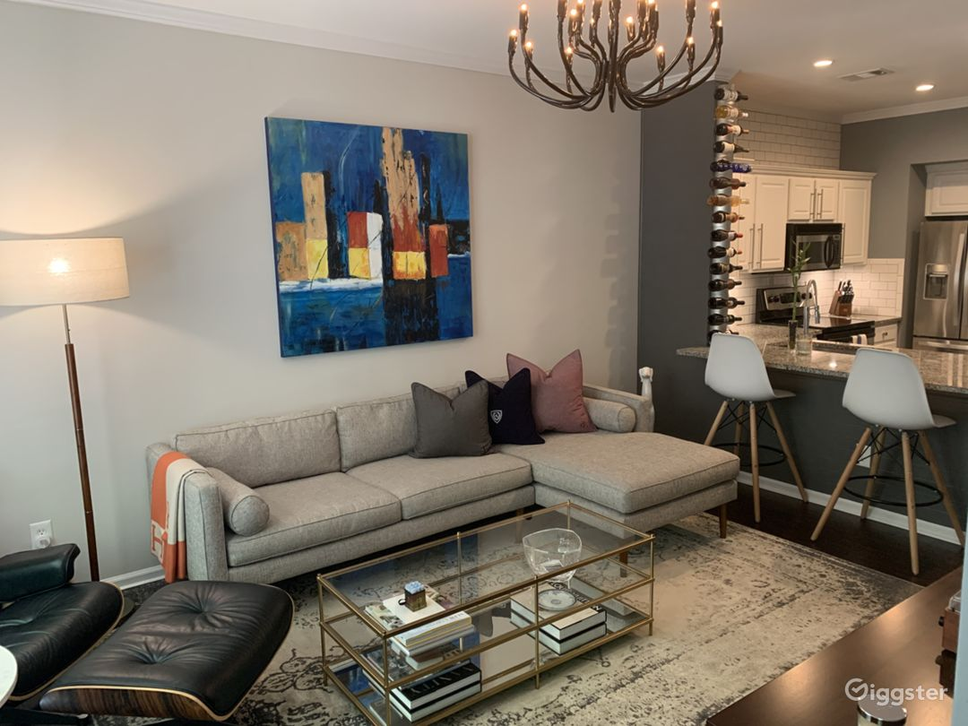 Bright Townhome Photo 2