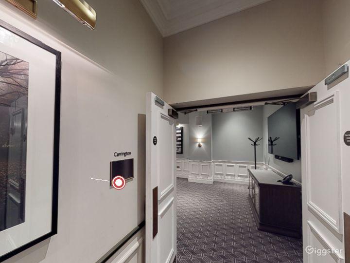 Stunning Carrington Room in Bloomsbury, London Photo 2