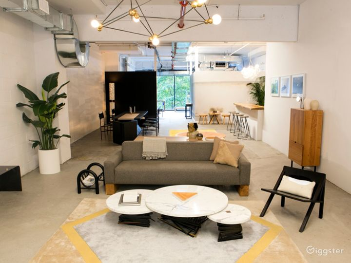 Contemporary, Light Filled Showroom Space Photo 5