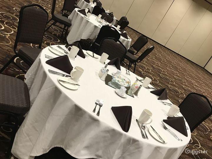 Modern Hotel Event Venue in Lincoln  Photo 3