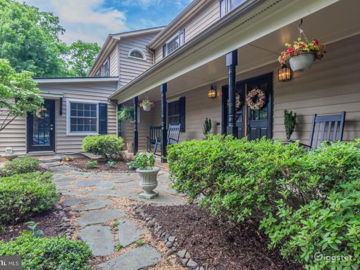 Exquisitely Updated Colonial Home on an Acre!