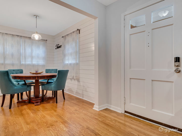 Newly Renovated Home with Upscale Amenities Photo 3