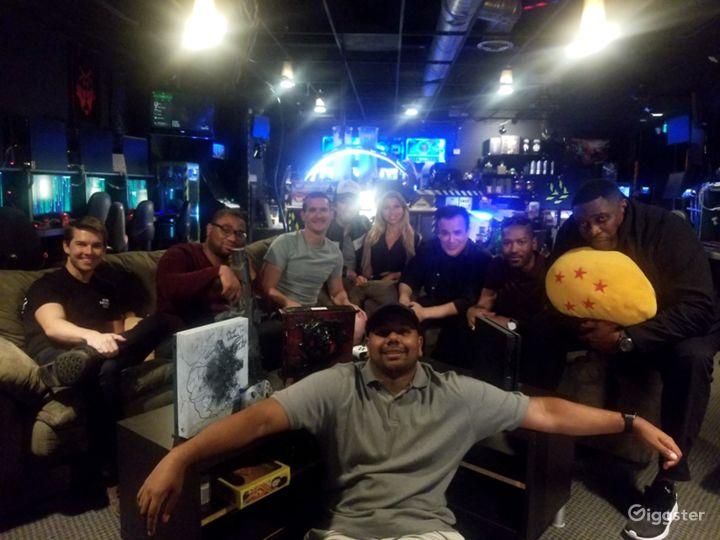 Esports Cafe / high tech command center  Photo 4
