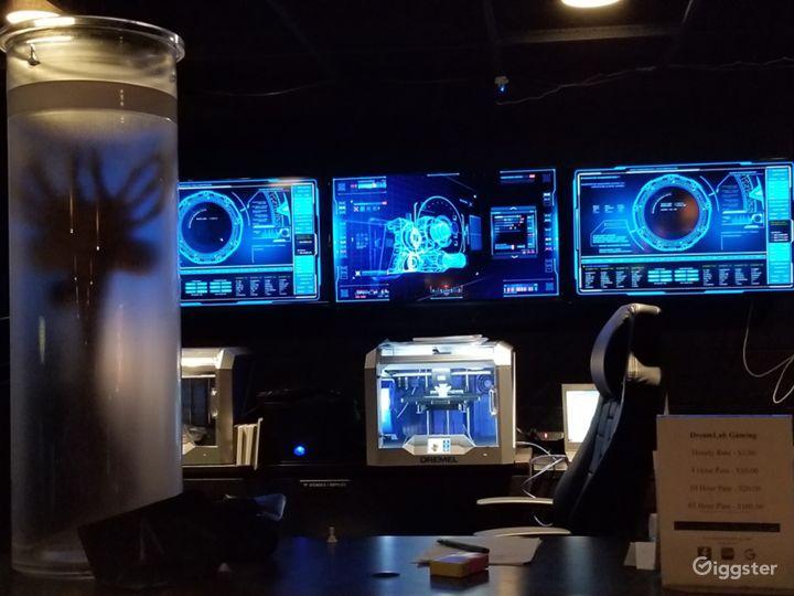 Esports Cafe / high tech command center  Photo 3