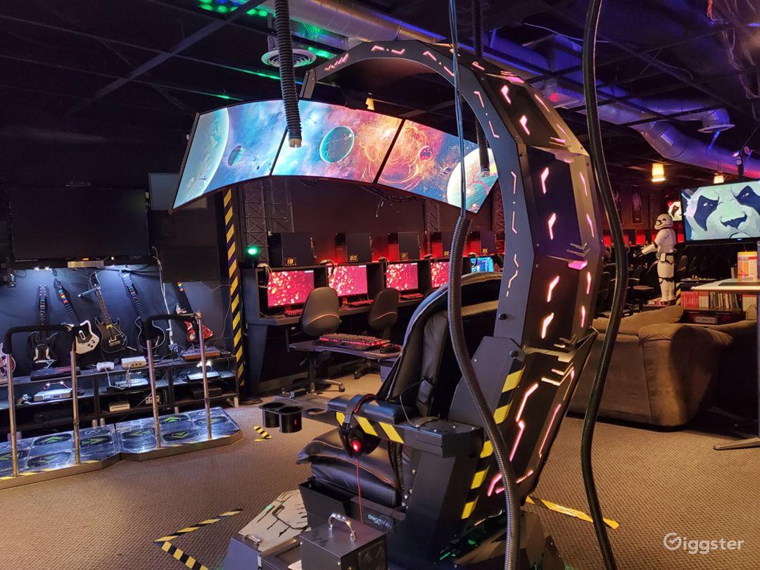 Esports Cafe / high tech command center  Photo 1