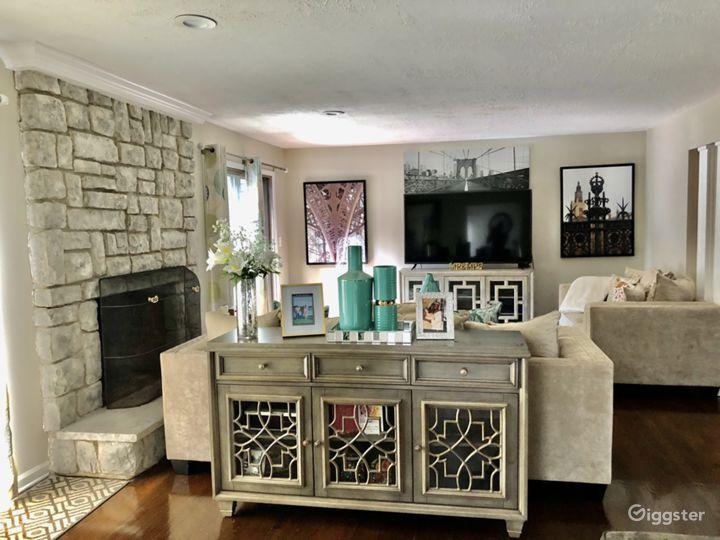 Affordable 4,500sq feet Tudor home. Photo 3