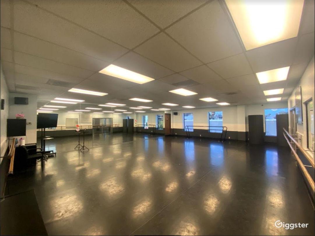 Studio 1 Photo 1