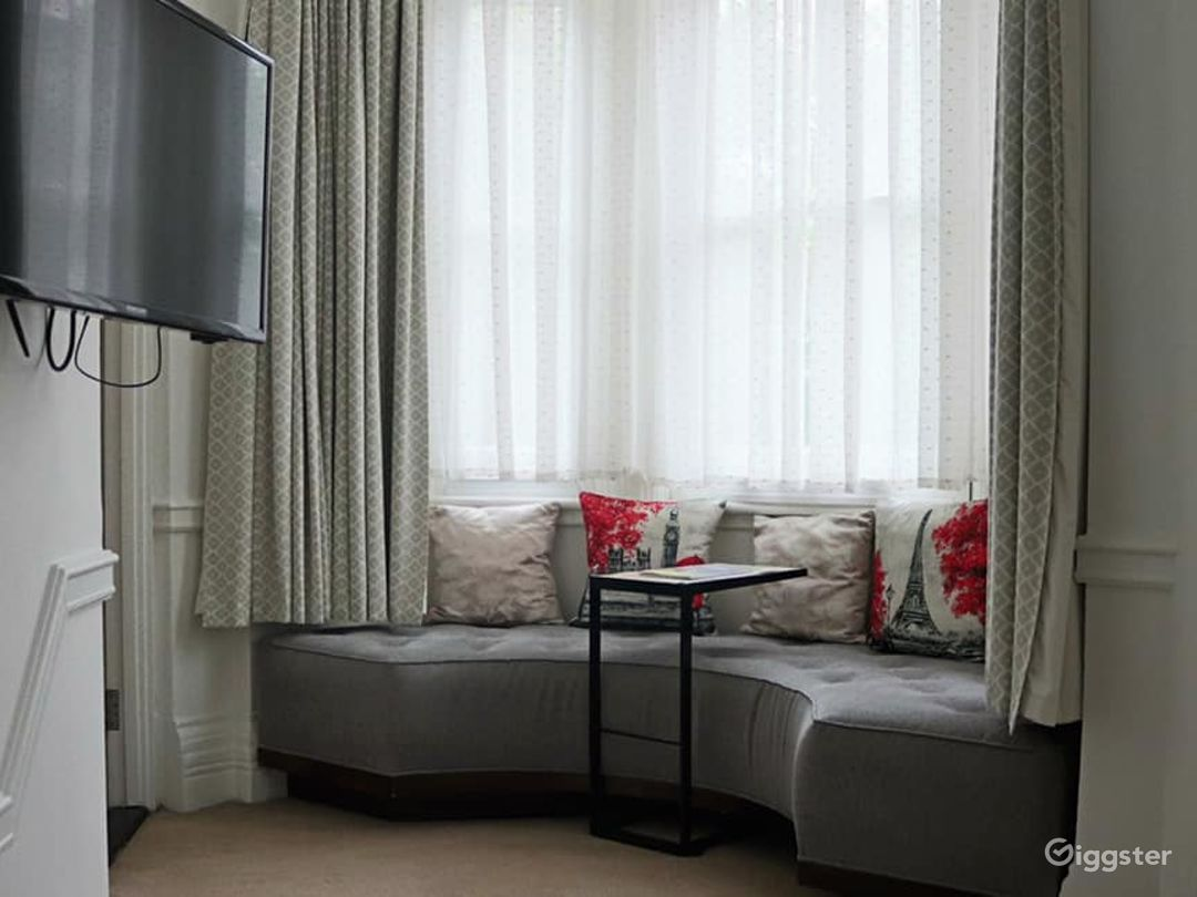 Luxury Hotel at Sloane Square in the heart of Chelsea Photo 1