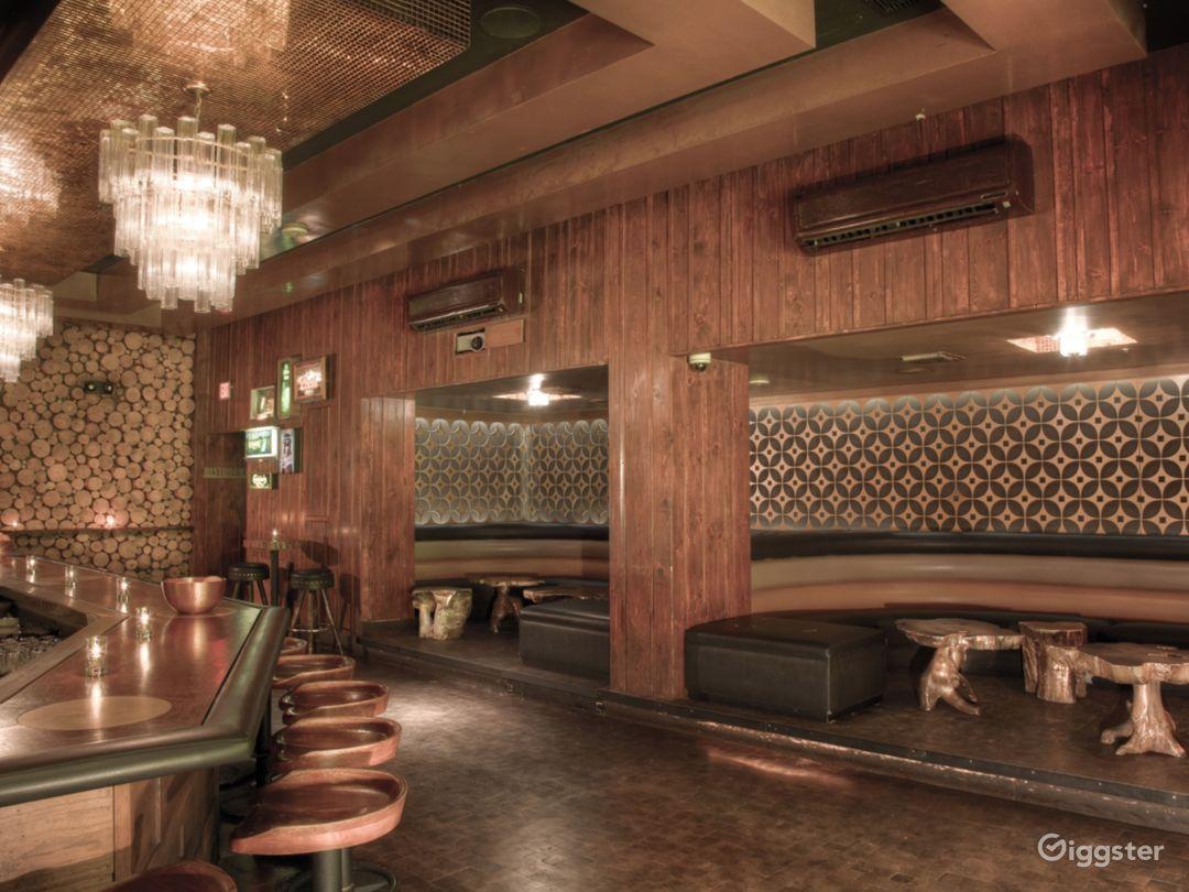 Visually Impressive Cocktail Lounge  Photo 2