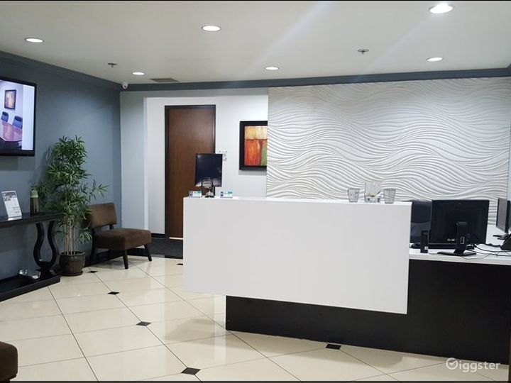 Conference Room in Ontario Photo 3