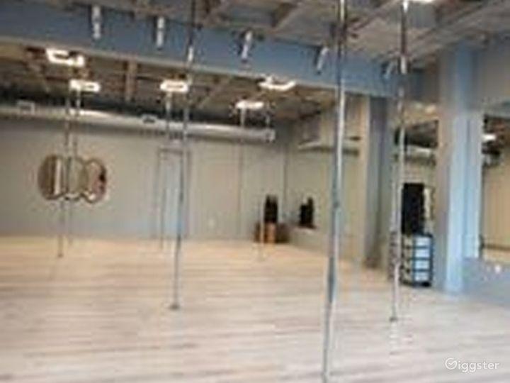 Exciting Pole Studio in Houston Photo 3