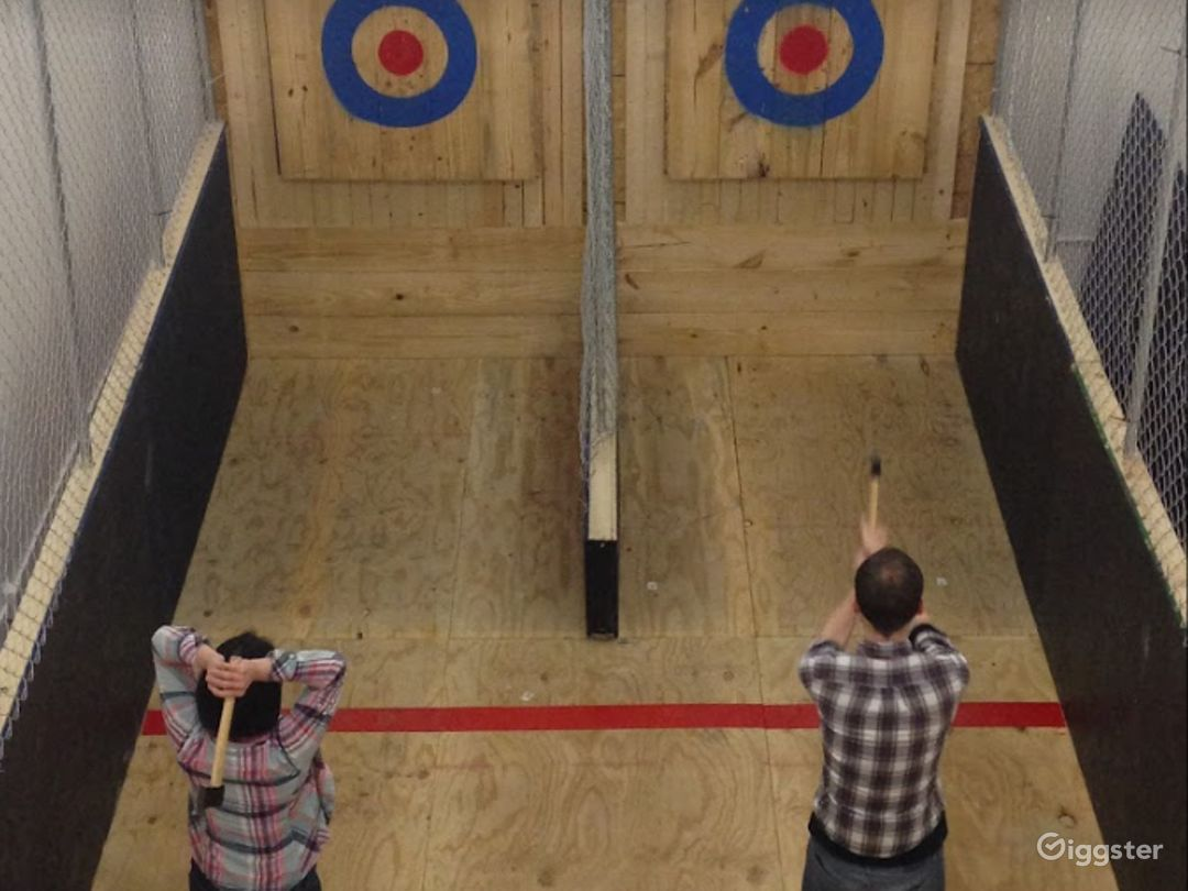 The Ultimate Axe Throwing Bar in Columbus Photo 1